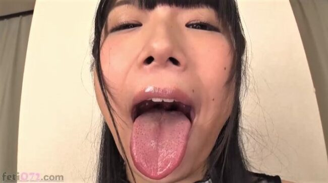 みひなの舌フェチ画像